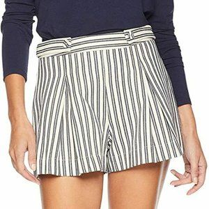 Moon River Women's Pleated Stripe Shorts Anthro